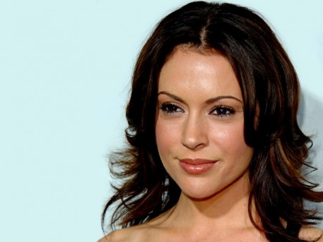 Alyssa Milano Awesome Hairstyles Curly Hairs With Brown Hairs Wedding
