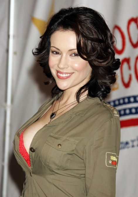 Full Alyssa Milano