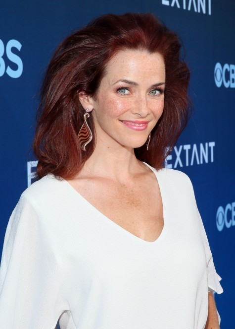 Annie Wersching In White Dress On The Extant Premiere In La Bosch