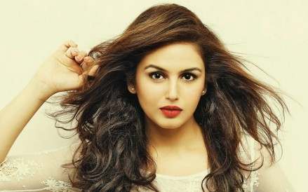 Most Beautiful Bollywood Actresses In Huma Qureshi Movies