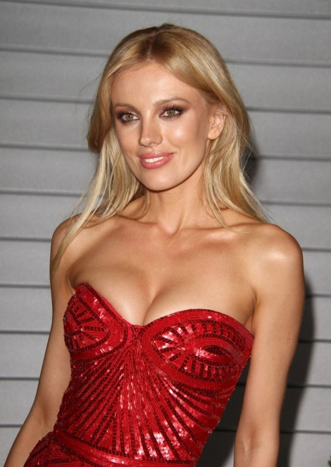 Bar Paly Maxim June