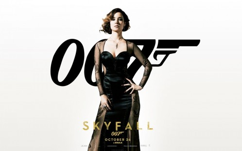 Berenice Marlohe Skyfall Is Available In Pixel The Decent And Graceful Lady Will Be Quite An Attraction Tv Movies Wallpaper Skyfall