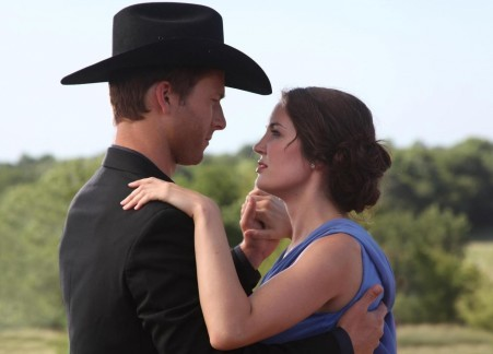 Still Of Glen Powell And Breann Johnson In Red Wing Large Picture