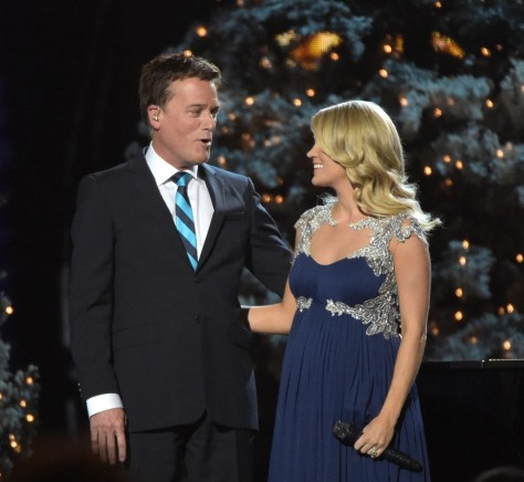 Carrie Underwood Cma Country Christmas