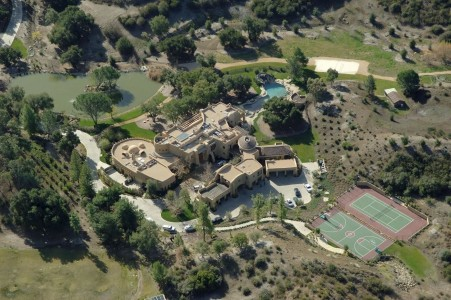 Home Will Smith Check Out These Celebrity Palaces That Are Utterly Ridiculous Bill Gates House