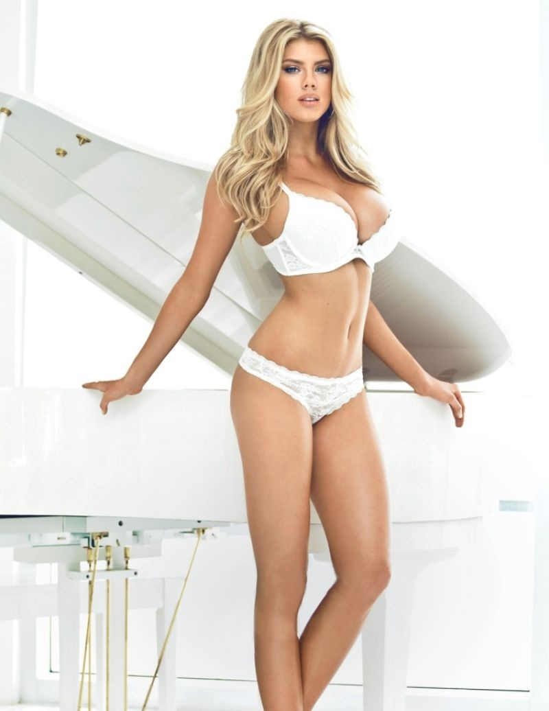 Charlotte Mckinney Megane Claire For Guess
