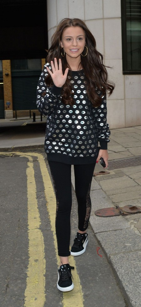 Cher Lloyd Without Make Up On Street In London