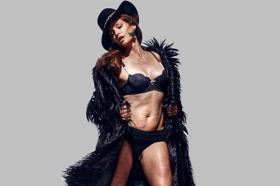 Cindy Crawford Bikini Photo Untouched