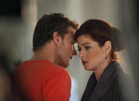 Debra Messing Will Chase