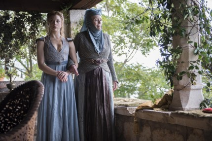 Natalie Dormer As Margaery Tyrell Diana Rigg As Olenna Tyrell Photo Macall Polay Hbo Game Of Thrones