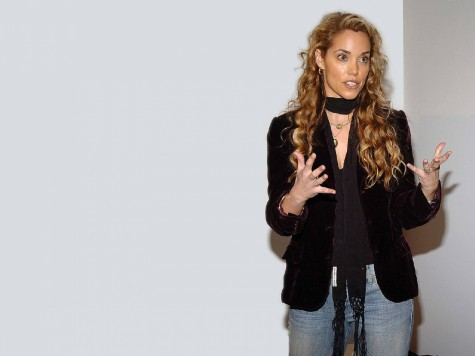 Elizabeth Berkley Wallpaper