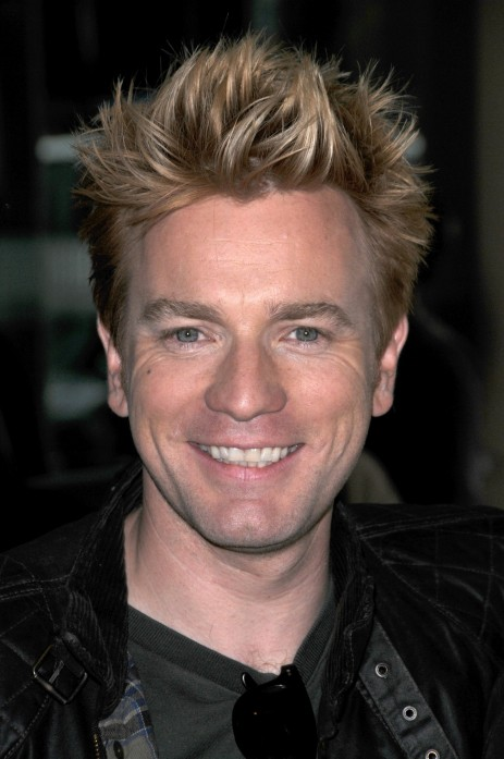 Ewan And Jude Ewan Mcgregor Smiling With Blonde Hair In Beverly Hills