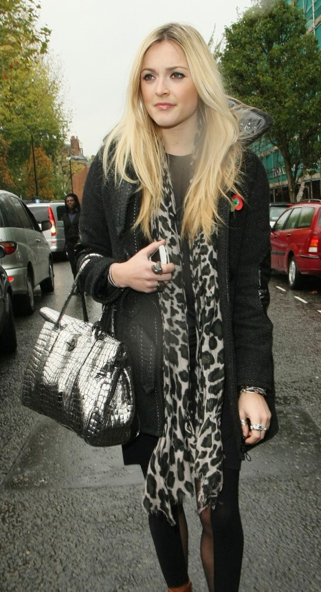 Photos Fearne Cotton London Wearing Ankle Boots Leopard Print Scarf Style