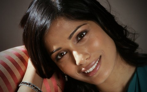 Freida Pinto Wallpapers Wallpaper