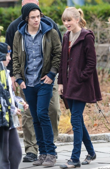 Taylor Swift Harry Styles Central Park Zoo And Taylor Swift