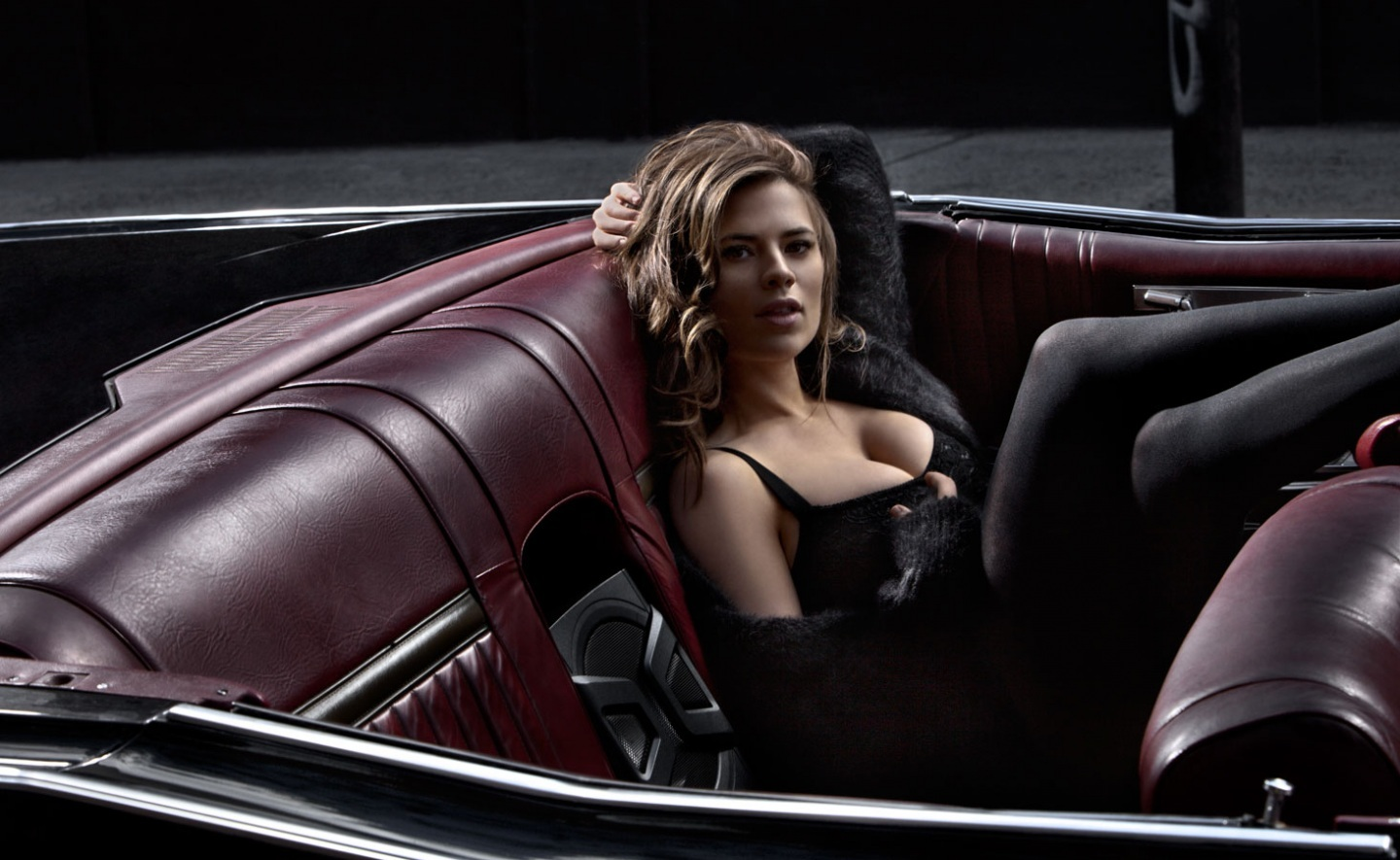 Hayley Atwell Bunch Body