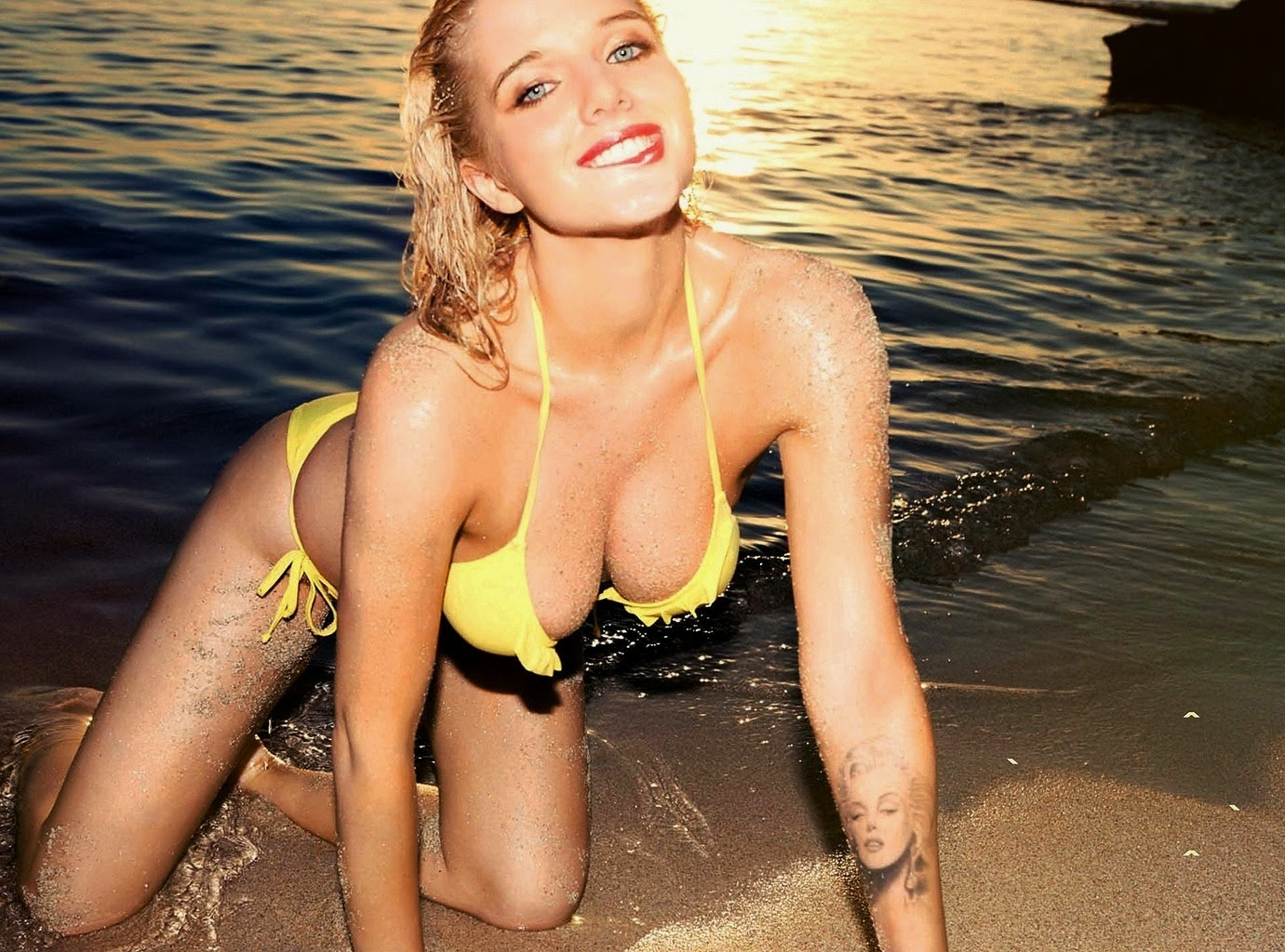 Helen Flanagan Fhm France October