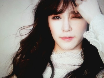 Tiffany Hwang Selca Hd Tiffany Should Just Get An Instagram Instead Of Changing Her Ufo Awesome Wallpaper