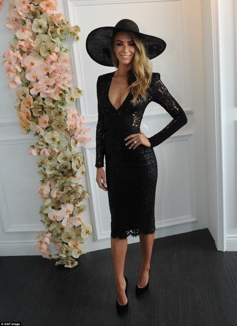 Wps Jennifer Hawkins Poses Fo Husband