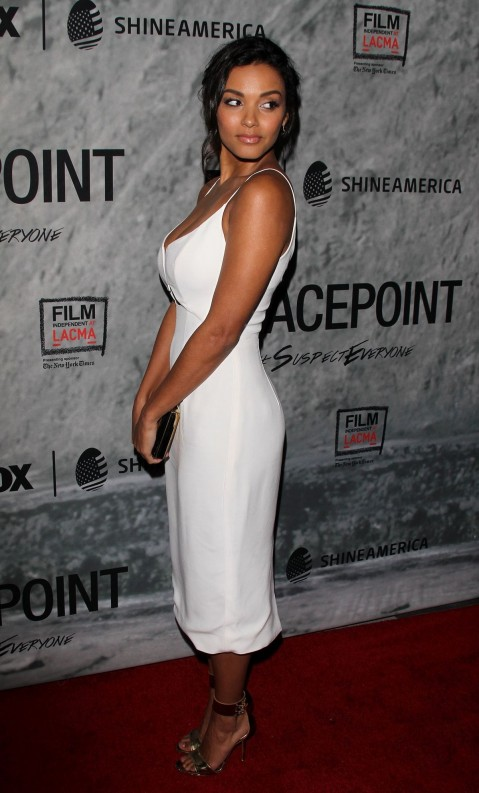 Jessica Lucas Posing At Gracepoint Screening In La Beach