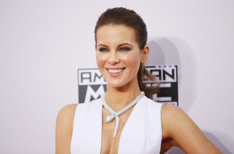 Kate Beckinsale Attends The American Music Awards In Los Angeles