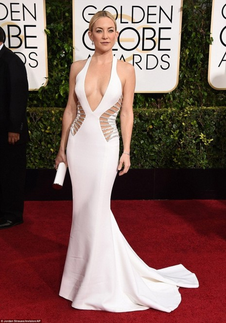 Kate Hudson Championed The Cutaway Trend At Sunday Night Golde Body