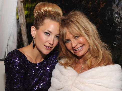 Kate Hudson Goldie Hawnw And Goldie Hawn
