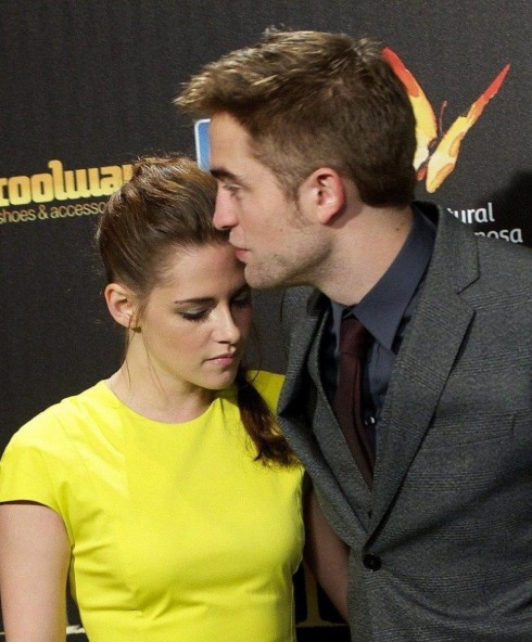 Robert Pattinson Kristen Stewart And Robert Pattinson