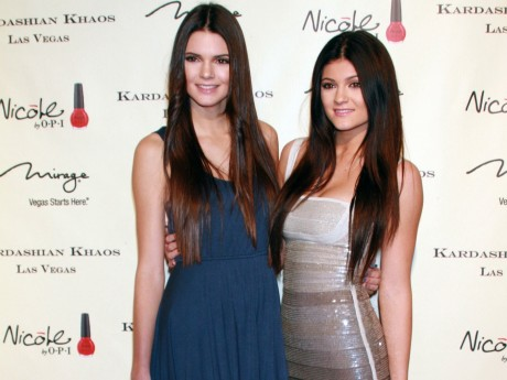 Kendall Jenner And Kylie Jenner Hd Resolution