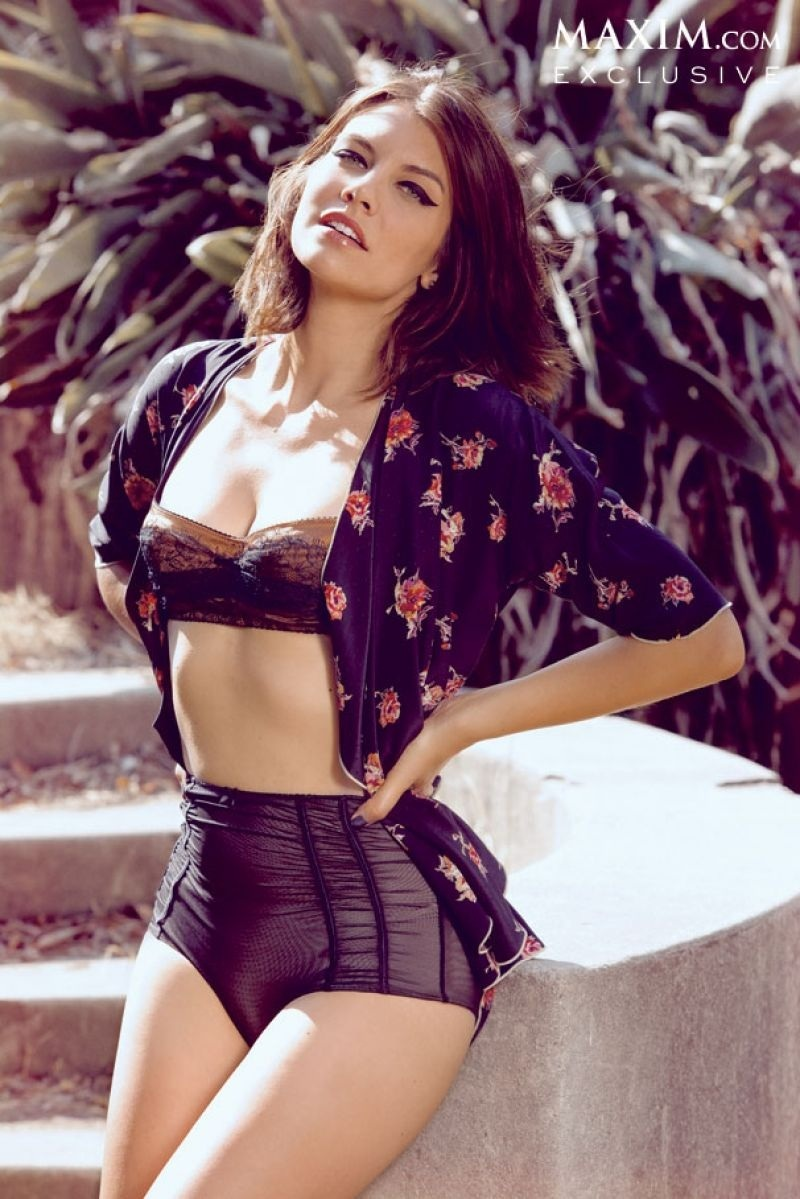 Lauren Cohan In Maxim Magazine October Issue