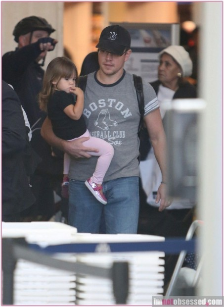 Matt Damon Daughter At Lax Good Will Hunting