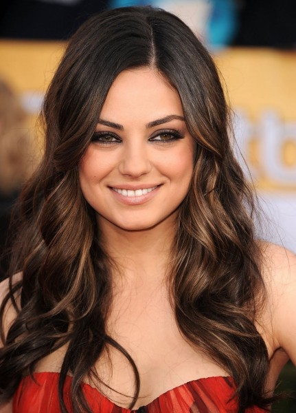 Mila Kunis Smoky Eye Makeup