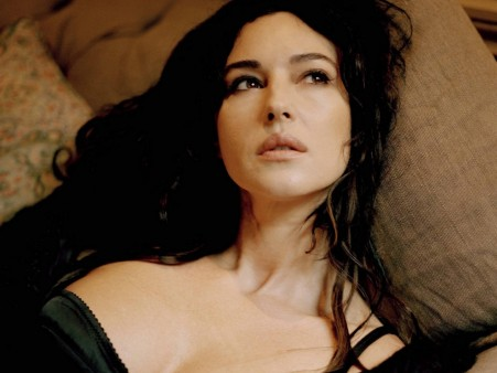 Monica Bellucci Pictures Wallpaper Hd