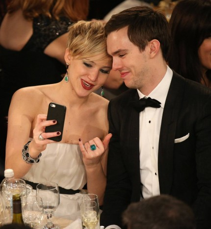 Jennifer Lawrence Nicholas Hoult Took Selfie Table