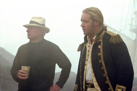 Still Of Russell Crowe And Peter Weir In Master And Commander Bortom Rldens Nde
