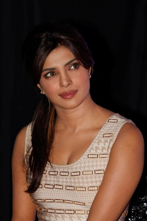 Bollywood Priyanka Chopra Latest Stills Movies