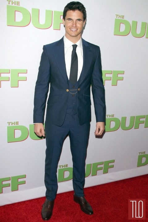 Robbie Amell The Duff Fan La Screening Movie Premiere Red Carpet Fashion Vivienne Westwood Tom Lorenzo Site Tlo Movies