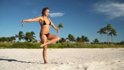 Ronda Rousey Sports Illustrated Swimsuit Uncovered And On Set At Etes
