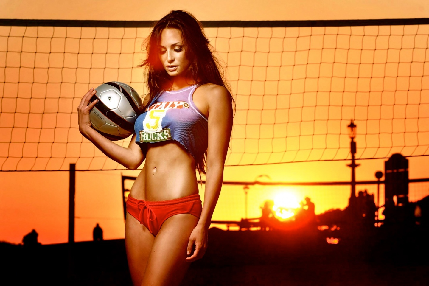 Rosie Roff Exotic Sunset Wallpaper