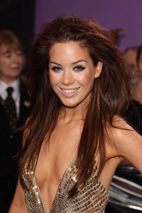 Hd Roxanne Mckee Fashion