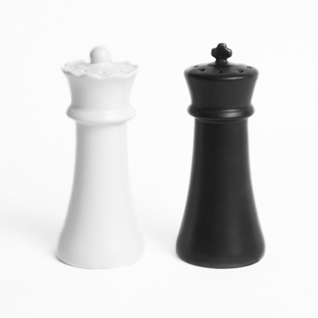 Checkmates Salt Pepper Shakers