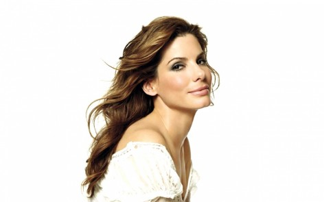 Sandra Bullock Turns Check Out Her Movie Looks Over The Years Movies