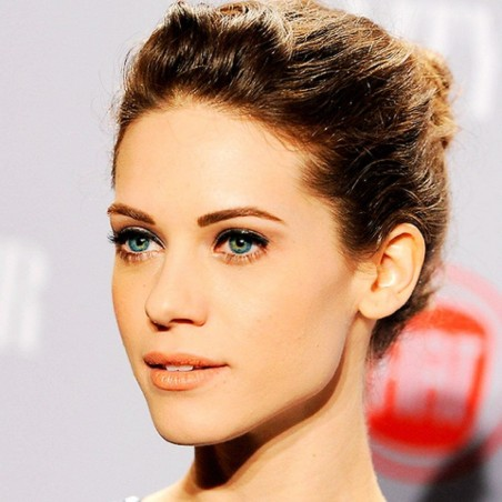 Lauren German Sarah Jones And More Beautiful Heroines In Horror Movies Lyndsy Fonseca Movies