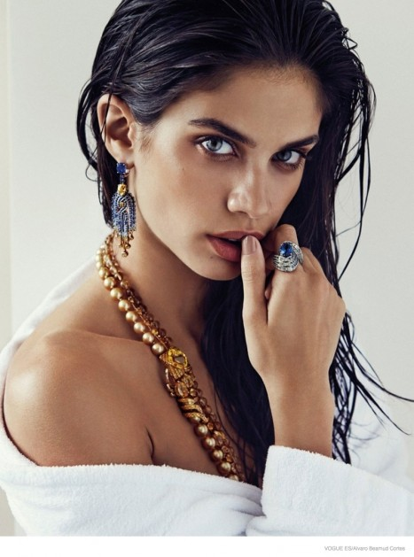 Sara Sampaio Jewelry Beauty Victoria Secret