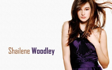Shailene Woodley Celebrity Widescreen Hd Wallpapers Actress Free Photos Wallpaper