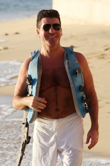 Simon Cowell Goes Jet Skiing In Barbados