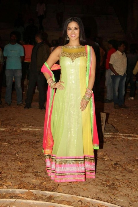 Sunny Leone Latest Pictures