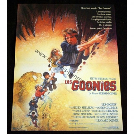 Goonies French Movie Poster Richard Donner Steven Spielberg Movie