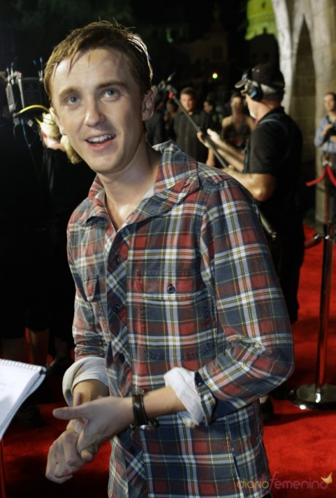 Tom Felton En El Parque Tematico De Harry Potter Harry Potter