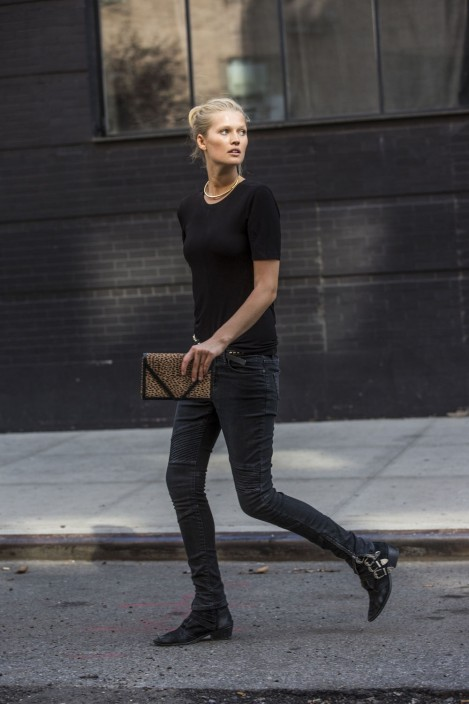 Toni Garrn In Her Closed Denim On The Streets Of New York Images By Sandra Semburg
